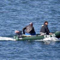 Возвращение рыбаков :: Валерий Дворников