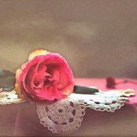 Жила, была роза... :: Алина