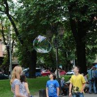 Мыльные пузыри-17. :: Руслан Грицунь