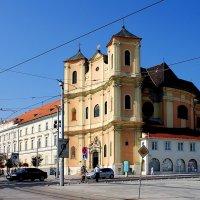 Церковь Святой Троицы в Братиславе :: Денис Кораблёв
