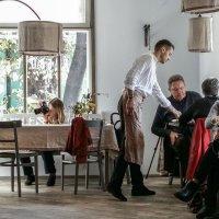 В одном волшебном кафе.. :: Сергей Волков