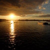 Закат по Питерски.. :: tipchik