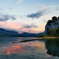 На озере :: Юрий Кольцов