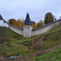 Псково-Печерский монастырь :: Наталья Левина