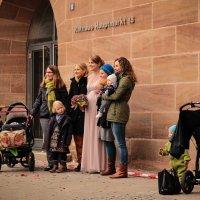 Невеста и подружки :: Elen Dol