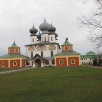 Тихвинский Богородичный Успенский монастырь :: Наталья