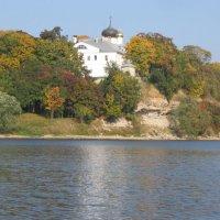 Храм стоит на берегу озера чудесного. :: Valentina Lujbimova [lotos 5]