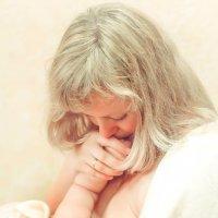 Счастье в маминых руках :: Наталья