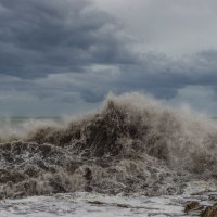 Стихия. Шторм на Средиземном море. Испания :: Ирина Краснобрижая