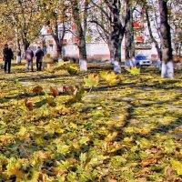 И с шуршаньем  опавшие  листья, под ногами станцуют свой вальс. :: Валентина ツ ღ✿ღ