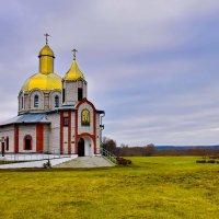 Свято-Никольский   храм в   поселке  Свислочь. :: Валера39 Василевский.