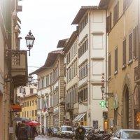 Дождь во Флоренции или Улица, фонарь, аптека :: Елена Троян