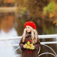 Осень в Александровском парке. :: Юлия Скороходова