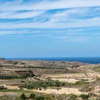 Панорама берега на острове Гозо :: Witalij Loewin