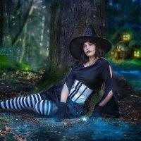 Гдето в сказочном лесу. :: Виктор Седов