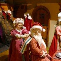 Торонто готовится к Рождеству. Витрины...(1) :: Юрий Поляков