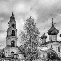 Старая церковь :: Геннадий Хоркин