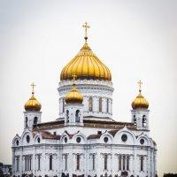 Хмурый храм :: Евгений Белов