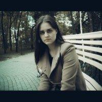 Я помню очень многое, именно поэтому мне иногда чертовски грустно. :: Света Кондрашова