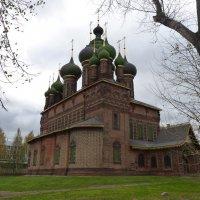 Церковь Иоанна Предтечи в Толчкове, в Ярославле :: Galina Leskova