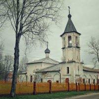 Трапезная с колокольней на Михалице. 1557 год. :: Ксения Старикова