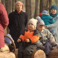 на детской площадке :: Татьяна_Ш