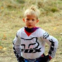 Юный мотоциклист... :: Дмитрий Иншин