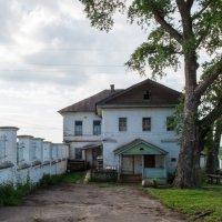 старый дом :: Михаил