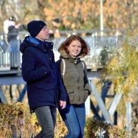 Осень,прогулка и хорошее настроение... :: Юрий Анипов