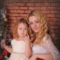 Мама с дочкой :: Наталья Набатова