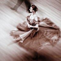 Танцы :: михаил шестаков
