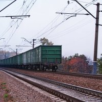А мимо пролетают поезда. (3...) :: Александр Резуненко