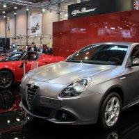 Gulietta...от Alfa Romeo;-) /или... ну какой же Ромео без Джульетты :: Olga