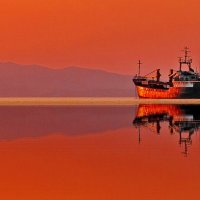 оранжевый закат на рейде :: Ingwar