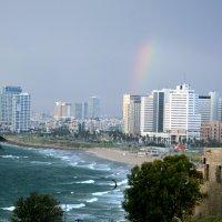 Тель-Авив пляж радуга :: Валерий Баранчиков