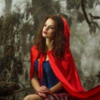 Красная шапочка на новый лад... :: Виктория Иванова
