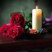 Пока горит свеча... :: Валерий Лазарев