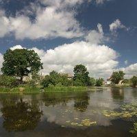 пейзаж с рыбацкой деревенькой :: Владимир Князев