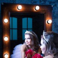 Свет мой зеркальце... :: Анита Гавриш