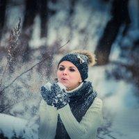снег идет... :: Татьяна Бикетова