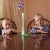 Дети с натюрмортом :: Елена Ахромеева