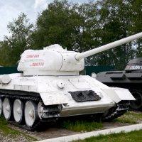 """ТАНК Т-34-85 """"Дмитрий Донской"""" 1944г :: Олег Савин"""