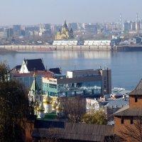 Вид с Нижегородского кремля :: Михаил Шор
