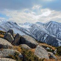 горы. вид с горы :: Горный турист Иван Иванов