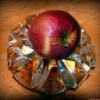 Яблок в кристаллах :: Андрей Заломленков