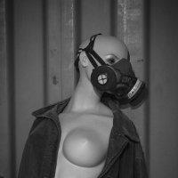 Женщина в мастерской :: Yana Kern