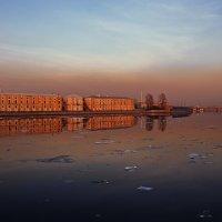 Питер накрыло облако пыли :: Сергей Зыков