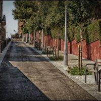 На улочках Барселоны :: Олег Фролов