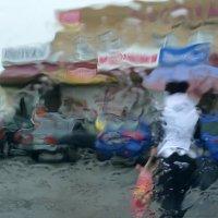 Под зонтом :: Сергей Николаевич