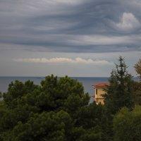 Утро на Черном море после ночной грозы. :: Сергей Григорьев